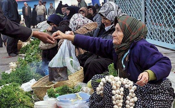 تمام بازارهای هفتگی در شهرستان رودبار تعطیل شد