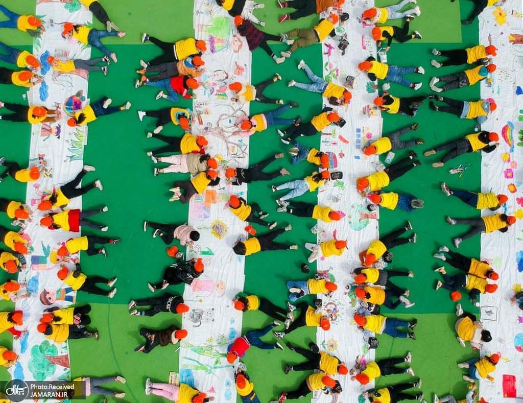 تصویر هوایی از کودکان در مهد کودکی در چین