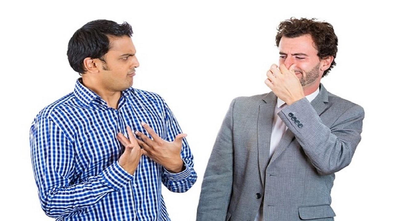 چگونه در فصل گرما از بوی بد بدن خلاص شویم؟