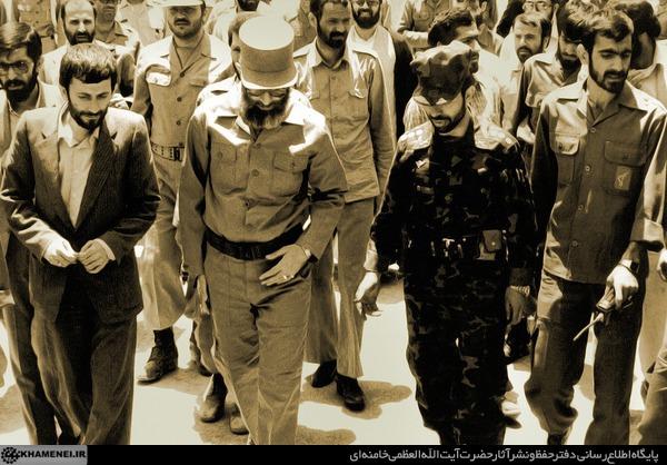 عکس/ شهید صیاد شیرازی در کنار رهبر انقلاب