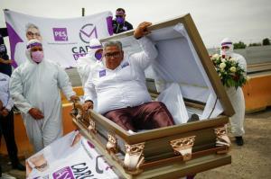 اعلام نامزدی در انتخابات از داخل تابوت!
