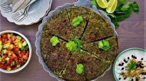طرز تهیه کوکو خوشمزه کرمانشاهی با سبزی محلی
