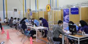 تأخیر در رسیدن واکسن عامل تجمع کادر درمان در بیمارستان نمازی شیراز