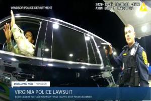 حمله پلیس آمریکا به یک نظامی سیاه پوست با اسپری فلفل