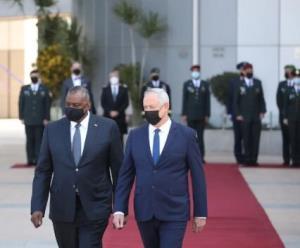 بنی گانتس: هرگونه توافق با ایران باید همسو با منافع اسرائیل باشد