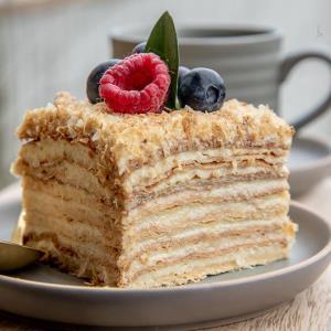 آموزش شیرینی ناپلئونی شکلاتی حر�ه ای با خمیر هزارلا