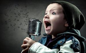 آموزش بامزه خوانندگی به کودک 4 ساله