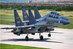 ورود ۲۵ جنگنده چینی به خاک تایوان