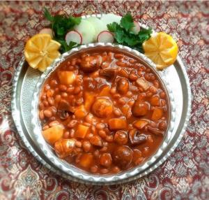 خوراک قارچ و لوبیا، غذای نونی مقوی برای افطار