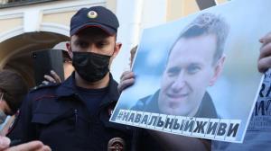 الکسی ناوالنی در زندان به تغذیه اجباری تهدید شد