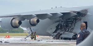 هواپیمای نیروی هوایی آمریکا آتش گرفت