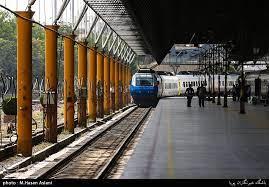 حرکت خطرناک در ایستگاه راه آهن