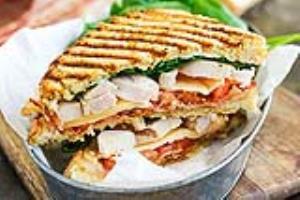ساندویچ گریل؛ فست فود خانگی پرطرفدار