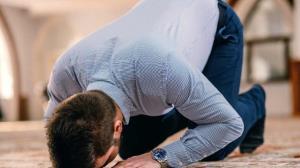 دستوری برای داشتن توجه کامل در نماز