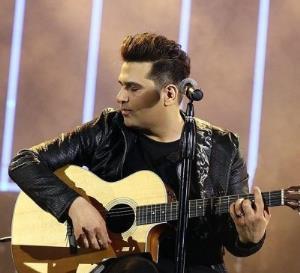 کلیپ زیبای خوانندگی حمید عسکری از آهنگ «اتاق خواب»