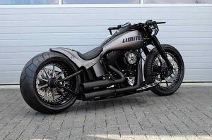 موتورسیکلت هارلی دیویدسون Limited با چرخ بسیار بزرگ و طراحی متفاوت عرضه شد