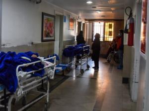 اسکان بیماران در راهروهای بیمارستان