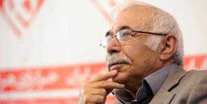 محمدعلی بهمنی، استاد غزل ایران، در آیسییو بستری شد