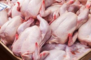 آشفته بازار گوشت قرمز و مرغ در چاروسا