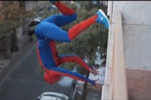 ناکامی نگهبانان در دستگیری مرد عنکبوتی