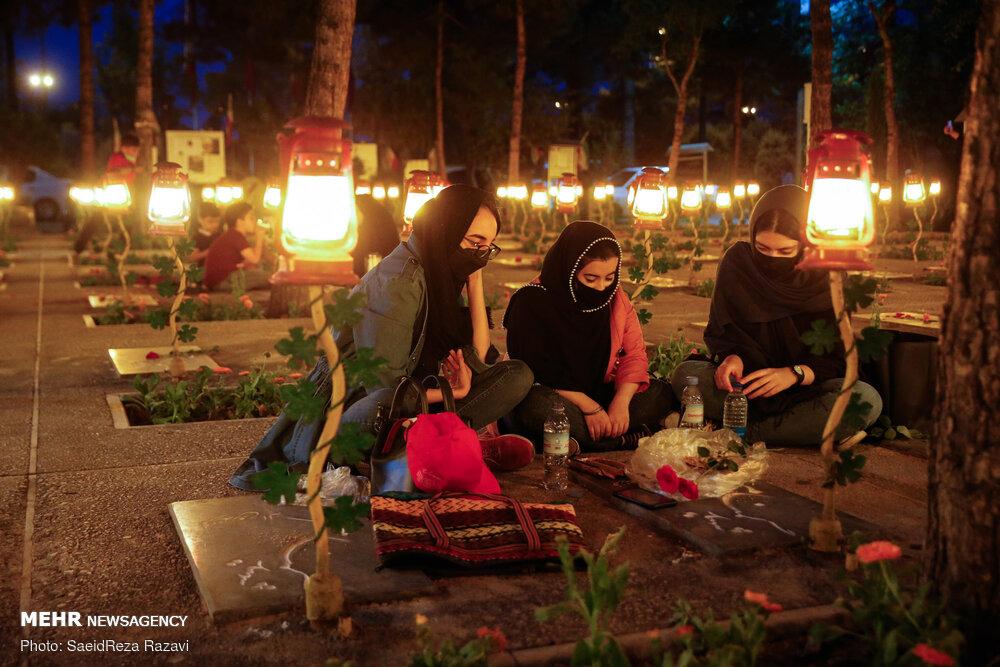 اولین جمعه ماه رمضان در جوار شهدا