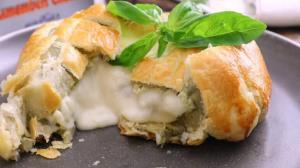 طرز تهیه فوندوی پنیر کممبر؛ خوشمزه و خاص