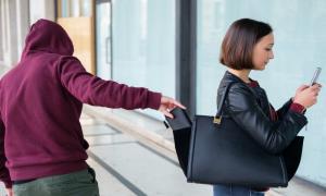 چند تکنیک دفاع شخصی برای خانم ها