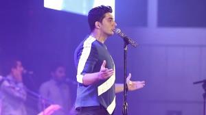 آهنگ خاطره انگیز «ماه عسل» با صدای فرزاد فرزین