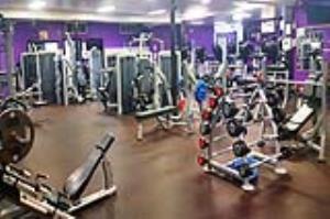 پلمب ۱۰ باشگاه ورزشی متخلف در زنجان