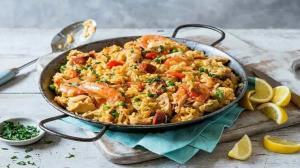 طرز تهیه پائیا؛ غذای خوشمزه و معروف اسپانیایی