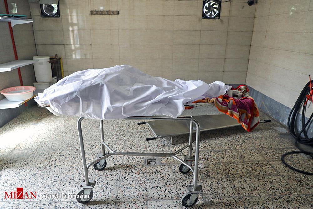عکسهای برگزیده؛ جسد بی جان کرونایی در آرامستان اهواز