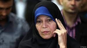 از ادعای فائزه هاشمی تا تکذیب دفتر احمدینژاد