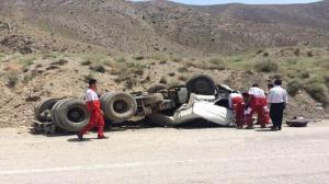 واژگونی تریلی در محور سمنان-فیروزکوه ۲ مجروح برجای گذاشت