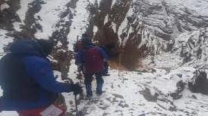 نجات جان فرد گرفتارشده در ارتفاعات شهرستان دورود