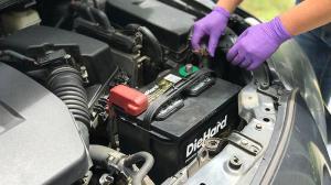 باتری های از کار افتاده ماشین ها را دور نریزید!