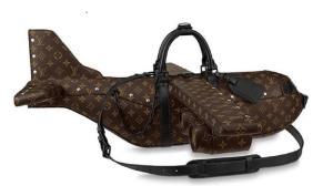 کیف هواپیماشکلی که از هواپیمای واقعی هم گرانتر است!