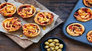 ۲ طرز تهیه مافین پیتزایی؛ خوشمزه و خاص