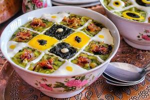 آش رشته خوشمزه و جاافتاده ایرانی برای افطار