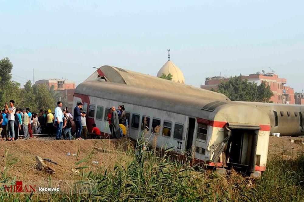 خارج شدن قطار از ریل در یونان