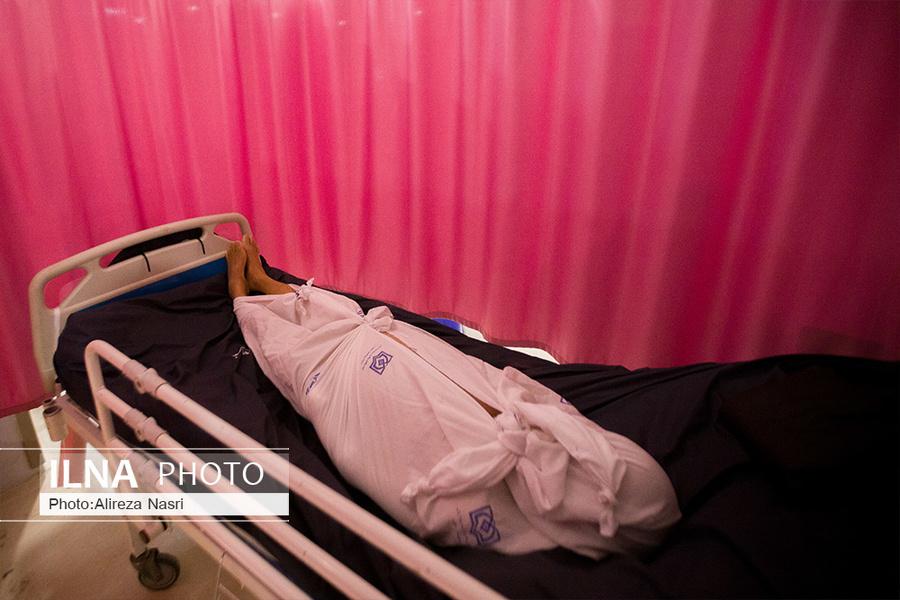 تصاویری تکان دهنده از تب سرد بدن های بی جان در قزوین
