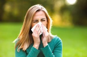 ۵ اسانس ضروری که علائم آلرژی را کنترل می کنند
