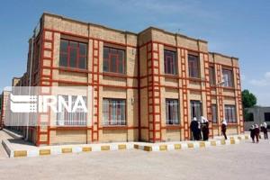 فعالیت عوامل اجرایی مدارس و دانشگاههای دزفول تعطیل شد