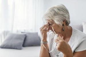 علائمی از آلزایمر که ربطی به حافظه ندارند