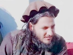 داعش یک فرمانده طالبان را در پیشاور ترور کرد