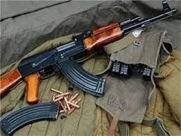 کشف اسلحه جنگی از منزل قاچاقچی مواد مخدر در خمینیشهر