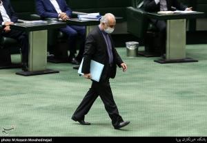 وزیر اقتصاد از مجلس کارت زرد گرفت