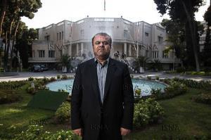 رستم قاسمی: ایران و دنیا را خوب می شناسم؛ به نفع کسی کنار نمیروم