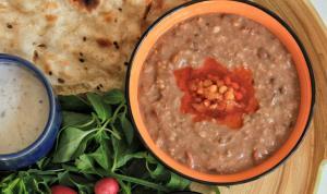 شله مشهدی غذای معروف و پرطرفدار برای نذری و افطاری
