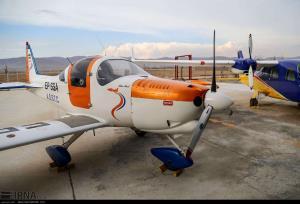 فرود اضطراری هواپیمای آموزشی در جاده جاجرم