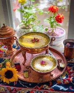 افطاری بپزیم؛ روش ساده و خوشمزه برای فرنی مخصوص ماه رمضان
